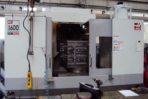 FX-7002, sklopný stojan, stroj HAAS EC-1600
